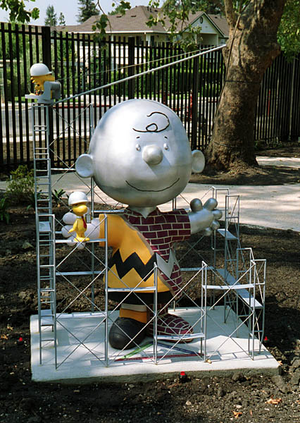 Charles schulz museum opening charlie brown under - Charlie brown bilder ...